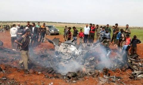 Ισλαμιστές αντάρτες καταρρίπτουν συριακό μαχητικό και αιχμαλωτίζουν τον πιλότο (vids)
