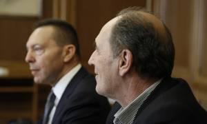 Σταθάκης, Στουρνάρας, ΤΧΣ, στη συνάντηση για τα «κόκκινα» δάνεια