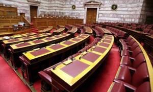 Η σχέση τους ξεκίνησε στα έδρανα της Βουλής και προχώρησε στη συγκατοίκηση! Είναι οι…