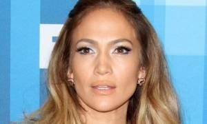 Η Jennifer Lopez έκανε άλλη μια πραγματικά εκθαμβωτική εμφάνιση