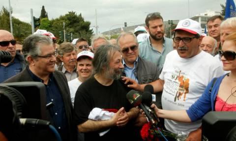 Στην Αθήνα έφτασε η πορεία ενάντια στην ανεργία (photos)