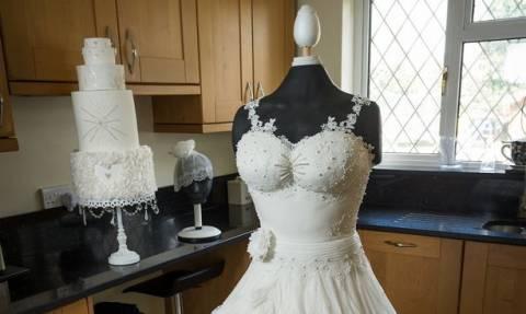 Το πανέμορφο νυφικό που δεν θα ήθελε καμία νύφη να φορέσει – Μπορείτε να καταλάβετε γιατί; (phs+vid)