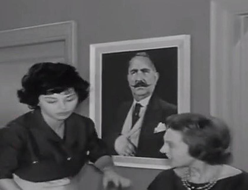 Το μυστηριώδες κάδρο που εμφανίζεται σχεδόν σε όλες τις ελληνικές ταινίες… (photos)
