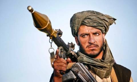 Την έναρξη των «εαρινών επιθέσεων αυτοκτονίας» ανακοίνωσαν οι Ταλιμπάν (Vid)