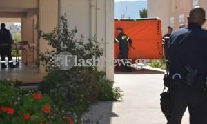 Πανικός στα Χανιά: 40χρονη κρεμόταν από το μπαλκόνι απειλώντας ότι θα πέσει