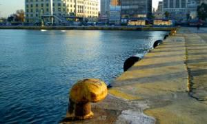 Σοκ στον Πειραιά – Γυναίκα εντοπίστηκε νεκρή στη θάλασσα