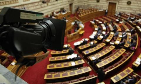 Στα 3 εκατ. ευρώ η τιμή εκκίνησης για τις τέσσερις άδειες τηλεοπτικών καναλιών