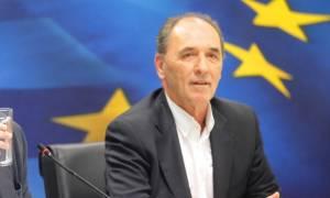 Σταθάκης: Θα δοθεί άμεσα λύση στα κόκκινα δάνεια - Συζητάμε και για τα ενήμερα!
