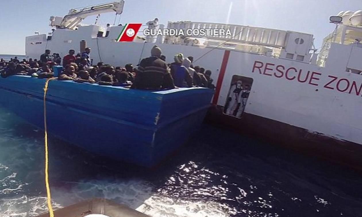 Ιταλία: Διάσωση 4.000 προσφύγων ανοικτά της Σικελίας σε μόλις δύο ημέρες