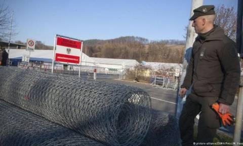 Ιταλικά «πυρά» κατά της Αυστρίας για την ανέγερση φράχτη στα εσωτερικά σύνορα της Σένγκεν (Vid)