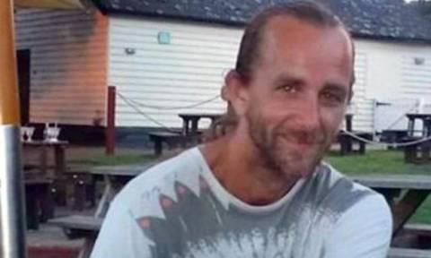 Σοκαριστικό: Τον μαχαίρωσαν μέχρι θανάτου νομίζοντας ότι είναι παιδόφιλος
