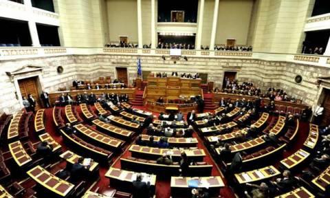 Στη Βουλή δικογραφίες για βουλευτές του ΣΥΡΙΖΑ, της Χρυσής Αυγής και του ΚΚΕ