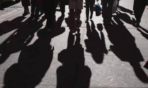 ΙΟΒΕ: Απαισιόδοξες προβλέψεις για ύφεση και ανεργία