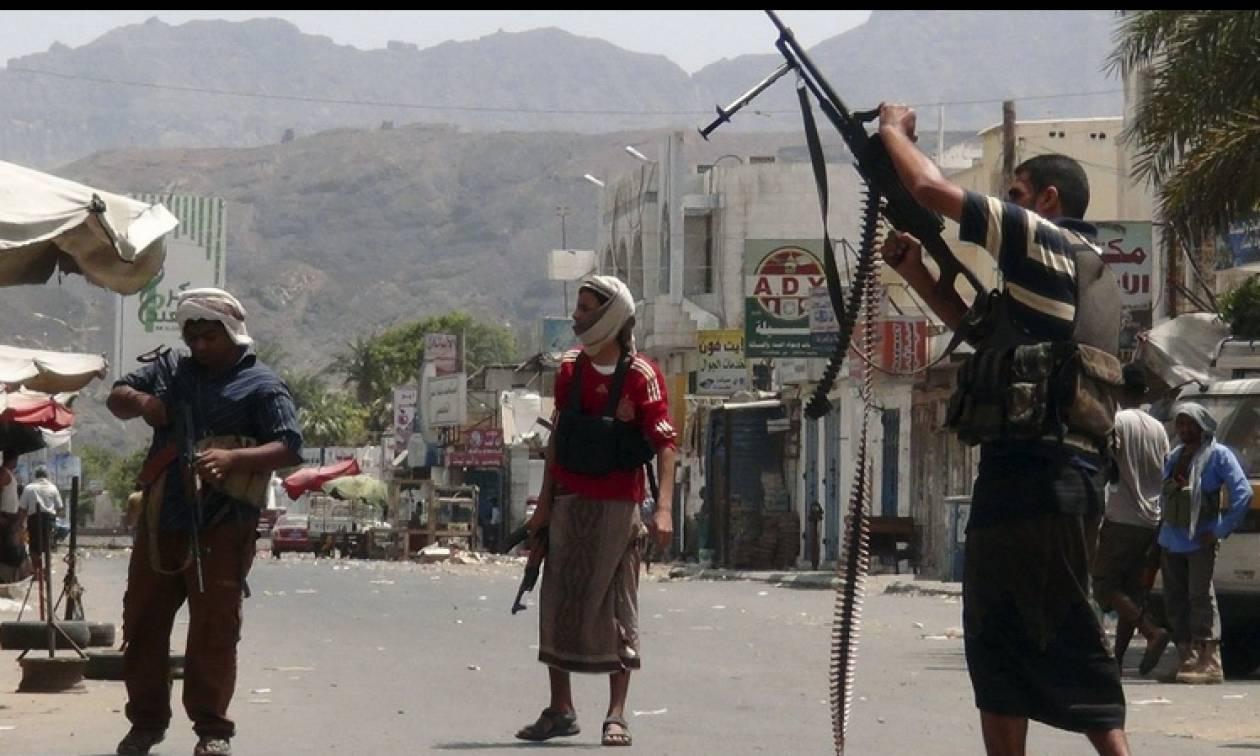 Υεμένη: Ένας αξιωματικός νεκρός από πυρά ελεύθερου σκοπευτή παρά την εκεχειρία