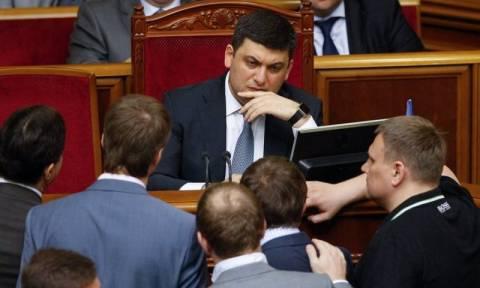 Νέος πρωθυπουργός της Ουκρανίας ο φιλοδυτικός Βολοντίμιρ Γκρόισμαν (Vid)