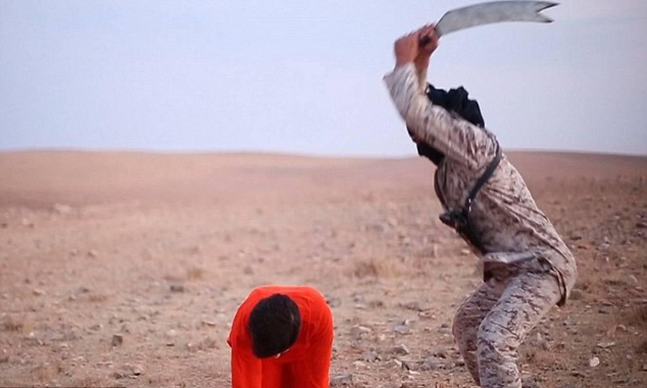 Νέες φρικαλεότητες των τζιχαντιστών: Εκτελούν ομήρους που ικετεύουν για τη ζωή τους (pics)