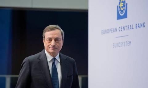 Ο Ντράγκι προεξοφλεί συμφωνία με «τονωτική ένεση» στις τράπεζες
