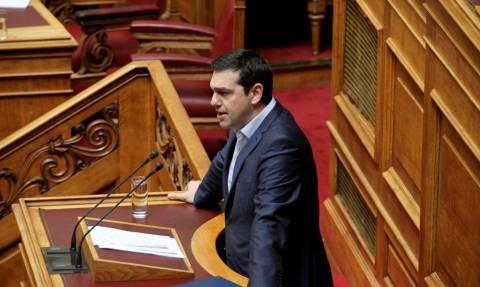 Άγριος καυγάς στη Βουλή - Τσίπρας σε Μητσοτάκη: Μη συγχύζεστε, έχετε και τζετ-λαγκ! (vid)