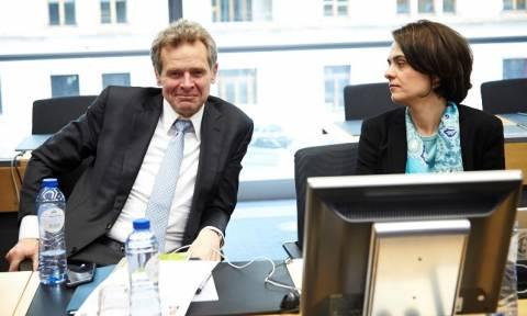 Επιμένει ο Τόμσεν: Μέτρα 8,1 δισ. ευρώ, μείωση χρέους με νέο πρόγραμμα!