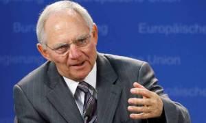 Σόιμπλε: Να μη συζητάμε για το χρέος και ξεχνάμε τις μεταρρυθμίσεις!