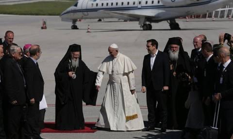 Επίσκεψη Πάπα - Τσίπρας σε Ποντίφικα: «Η Μυτιλήνη σηκώνει το βάρος ολόκληρης της Ευρώπης»