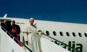 Επίσκεψη Πάπα στη Μυτιλήνη - Το μήνυμα του Ποντίφικα: «Οι πρόσφυγες δεν είναι αριθμοί»