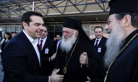 Επίσκεψη Πάπα στη Μυτιλήνη - Ιερώνυμος: «Να μην ξαναδούμε παιδάκια να ξεβράζονται στις παραλίες»