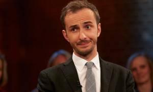 Στο πλευρό του δημοσιογράφου που σατίρισε τον Ερντογάν το ZDF