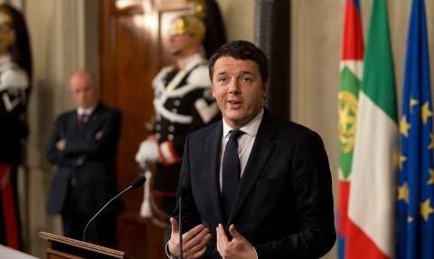 DW: Ευρω-ομόλογα για το προσφυγικό προτείνει ο Ρέντσι