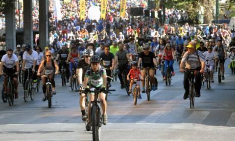 Ολοκληρώθηκε με επιτυχία ο 23ος Ποδηλατικός Γύρος της Αθήνας (photos)
