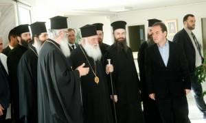 Ο Αρχιεπίσκοπος στο Σταυρίδειο Ίδρυμα χρονίως πασχόντων «Ο Άγιος Κυπριανός» (pics)
