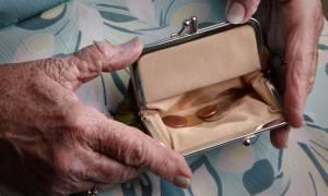 Ασφαλιστικό: Συντάξεις πείνας, αύξηση εισφορών και «μαχαίρι» στις αναπηρικές