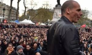 «Βέλη» Βαρουφάκη κατά της κυβέρνησης από τη Γαλλία! (video)