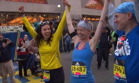 Έχασε το πόδι της στο Μαραθώνιο της Βοστώνης και φέτος τερμάτισε με προσθετικό! (pics)