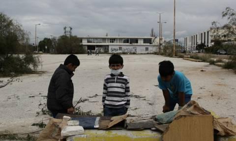 Κραυγή αγωνίας για τις συνθήκες στο Ελληνικό μετά και το θάνατο 17χρονης προσφυγοπούλας