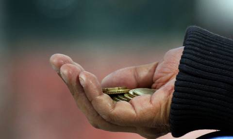 Αριστερό χέρι στην τσέπη - Έρχονται συντάξεις πείνας