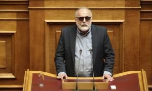 Βουλή - Κουρουμπλής: Δεν πρέπει να συνδέεται το προσφυγικό με την τρομοκρατία