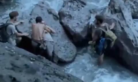 Βίντεο σοκ: Παίχτης reality πέφτει σε γκρεμό 9 μέτρων μπροστά στις κάμερες!