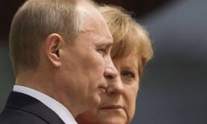 Τηλεφωνική επικοινωνία Μέρκελ - Πούτιν για την Ουκρανία