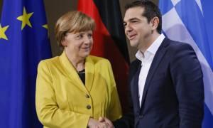 Bild: Ο Τσίπρας εκλιπαρεί και πάλι την Μέρκελ για βοήθεια