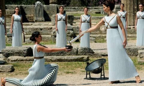 Αρχαία Ολυμπία: Το ταξίδι της Ολυμπιακής φλόγας για τους Ολυμπιακούς Αγώνες το Ρίο