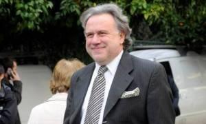 Πρόεδρος ΔΣΑ εναντίον Κατρούγκαλου: Ασχολείται μόνο με τη γραβάτα και το μαντηλάκι