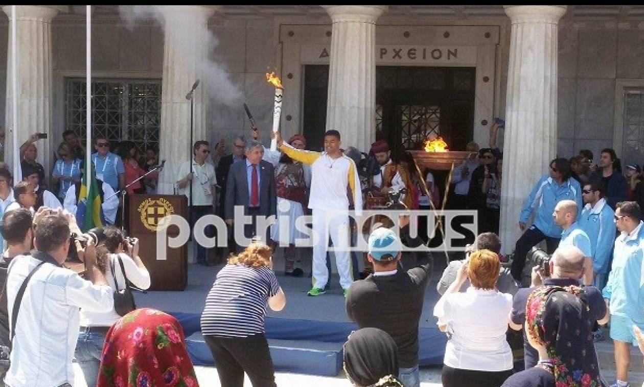 Ολυμπιακή Φλόγα: Θερμή υποδοχή στον Πύργο (pics&vid)