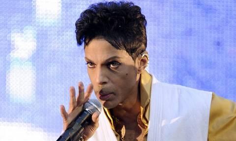 Νεκρός ο τραγουδιστής Prince