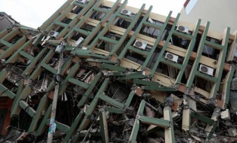 Ανείπωτη η τραγωδία στον Ισημερινό - Στους 646 οι νεκροί από τον φονικό σεισμό