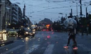 Καιρός – Προσοχή: Έρχονται βροχές και καταιγίδες: Πού θα «χτυπήσουν» τα φαινόμενα τη Μεγάλη Εβδομάδα