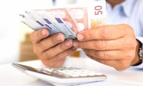 Πόσα έχουν πληρώσει οι Έλληνες σε φόρους στα χρόνια του ευρώ