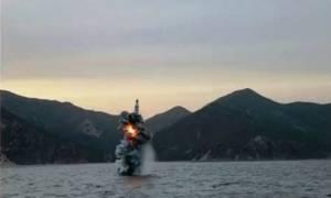 Νέες κυρώσεις κατά της Βόρειας Κορέας ζητά η Γαλλία για νέα εκτόξευση βαλλιστικού πυραύλου (Vid)