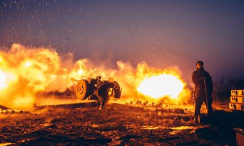 Αναζωπύρωση των πολεμικών συγκρούσεων στην Ουκρανία (Vid)