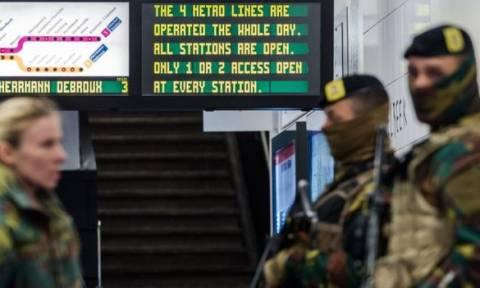 Βρυξέλλες: Άνοιξε ο σταθμός του μετρό ένα μήνα μετά τον εφιάλτη (pics)